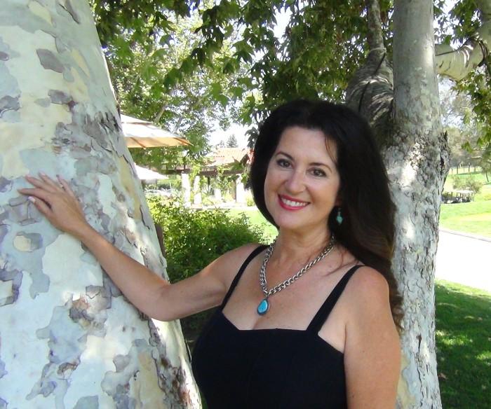 Thalia Poulos Professional Organizer